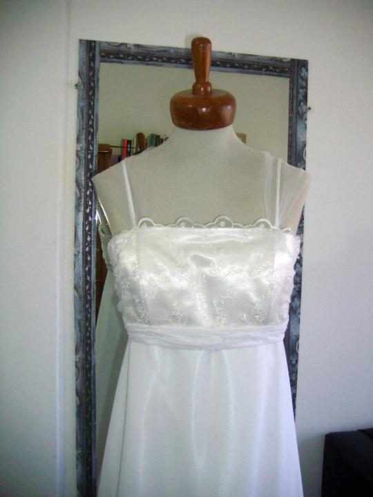 Vestido de Novia sencillo - diseño económico